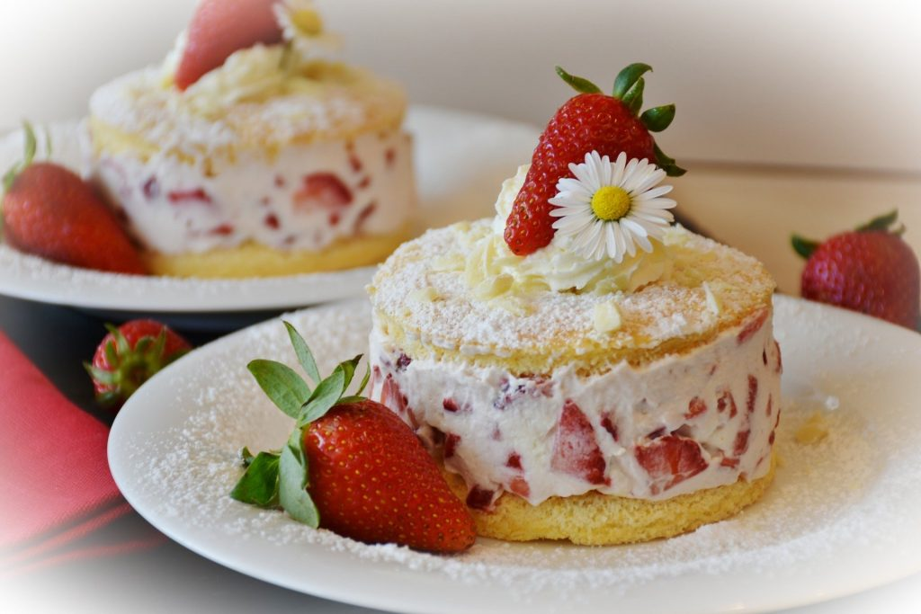 ケーキ イチゴ ホイップクリーム